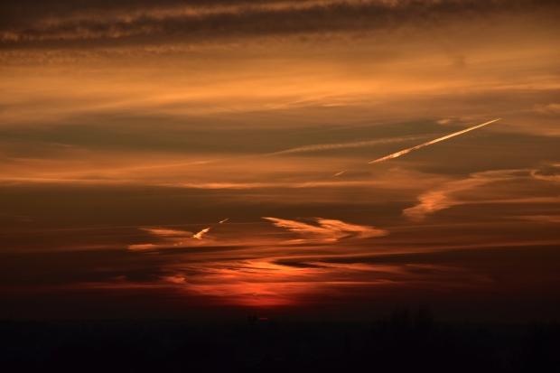 Kindlasti on siin varem ka mõni päikeseloojang olnud. Aga see on täitsa uus.