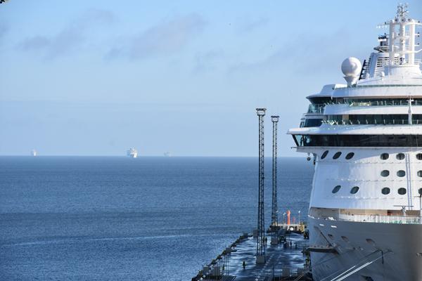 Kelle unistus ei oleks kell 06:53 hommikul laevu vaadelda?