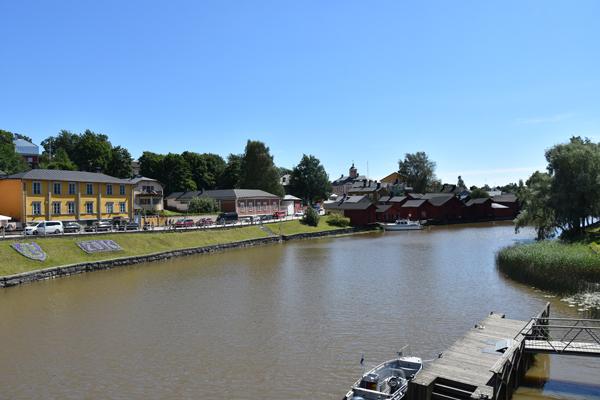 Porvoo on hurmav mudajõekesega linnake.